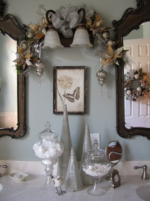 How To Decorate A Small Bathroom For Christmas: Shabby In Love: Bathroom Decorating Ideas For Christmas