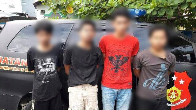 4 Tersangka Pembakaran Motor Polisi di Unismuh Diamankan Resmob Polrestabes Makassar