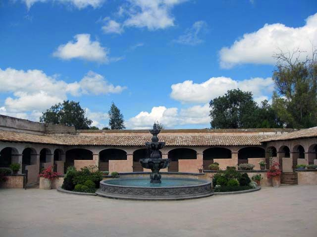 hacienda house courtyard photo