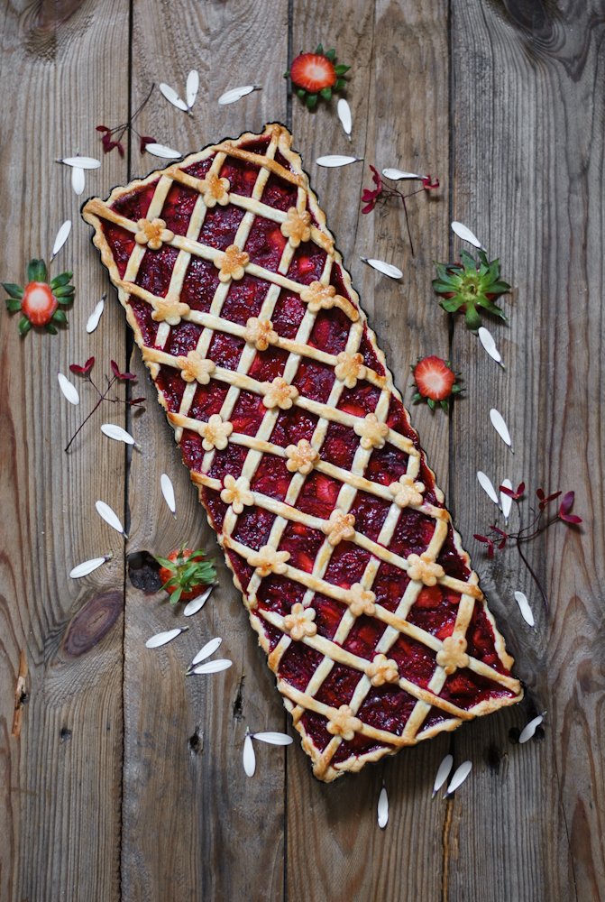 tarta-fresa-ruibarbo-dulces-bocados