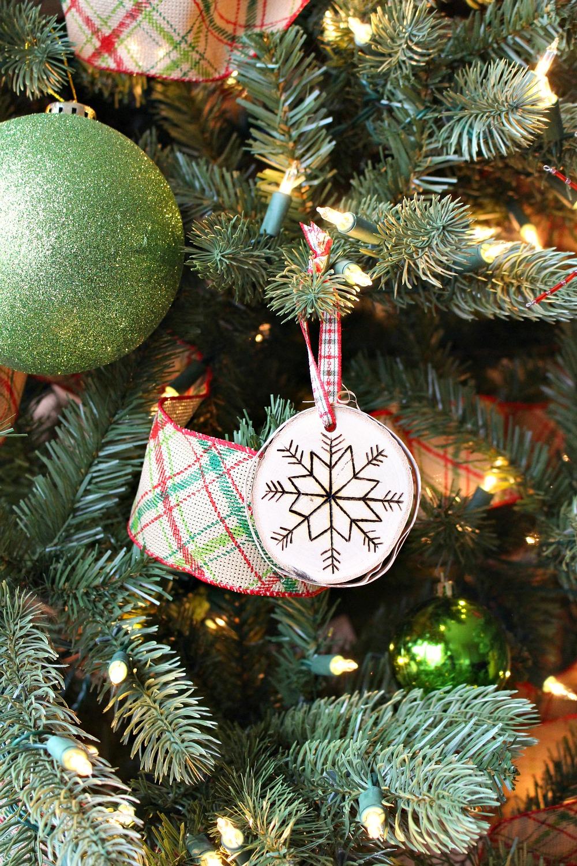 DIY rustic ornament