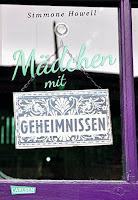 https://www.amazon.de/Mädchen-mit-Geheimnissen-Simmone-Howell/dp/3551583390