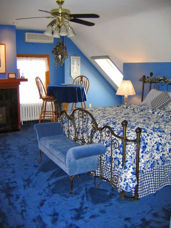 Lindos dormitorios en ticos dormitorios colores y estilos - Aticos en silla ...