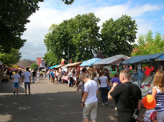Jarmark w Pszczewie odwiedziło wielu gości.