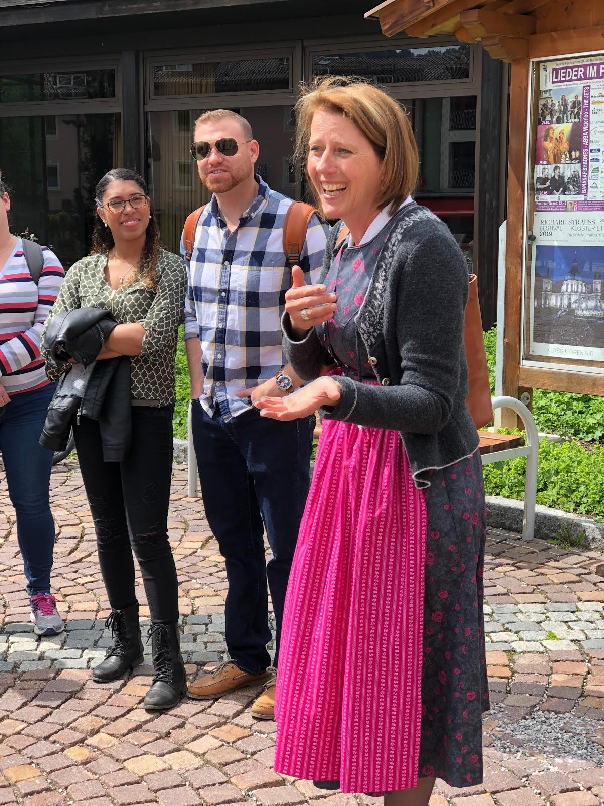 tour guide Claudia, wedding weekend, Dirndl, destination wedding, mountain wedding, wedding in Bavaria, wedding planner, 4 weddings & events, Uschi Glas, Garmisch-Partenkirchen, Zugspitze, Garmisch wedding, Germany, wedding coordinator