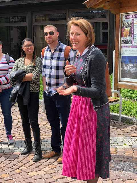tour guide Claudia, wedding weekend, Dirndl, destination wedding, mountain wedding, wedding in Bavaria, wedding planner, 4 weddings & events, Uschi Glas, Garmisch-Partenkirchen, Zugspitze, Garmisch wedding, Germany, wedding coordinator