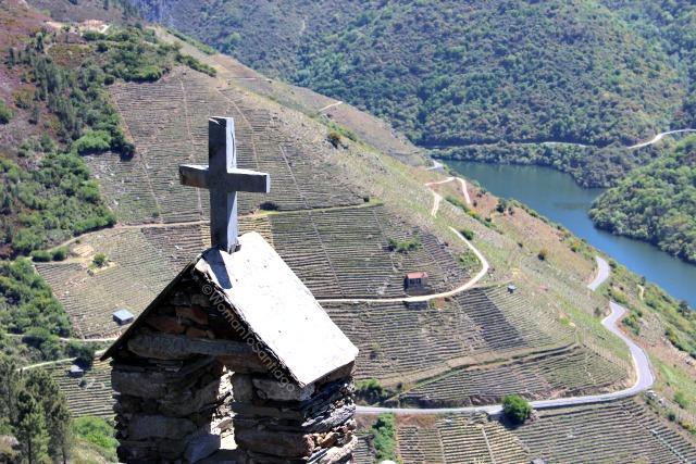 ribeira-sacra-camino-de-santiago-de-invierno-ermita-san-mateo