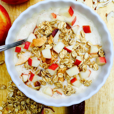 healthy breakfast for work, love crunch caramel apple smoothie bowl, gluten free strawberry french toast in a mug