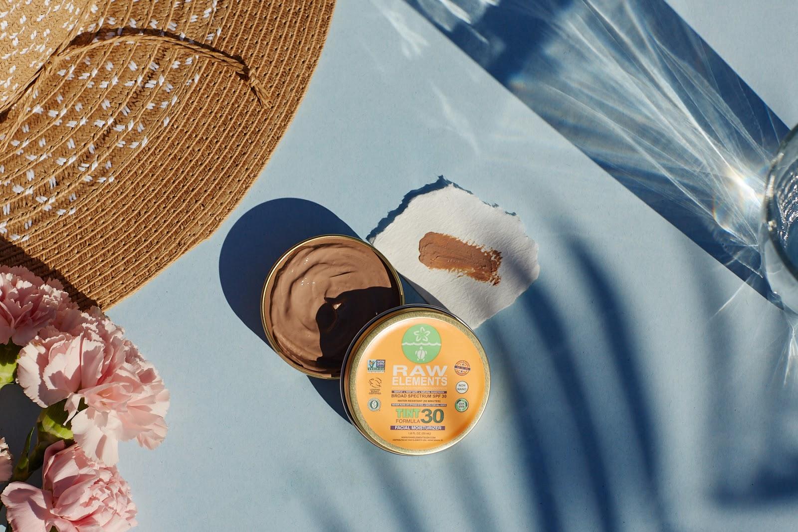 Raw Elements Facial Moisturizer Tint SPF 30 natural organic nontoxic sunscreen hellolindasau