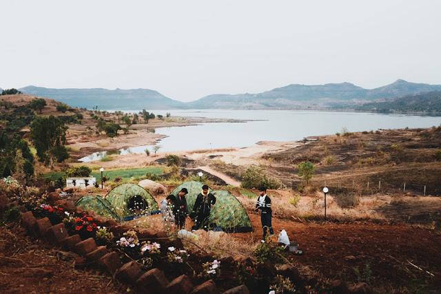 Pawna lake capming lonavala, India by Rey Sagar