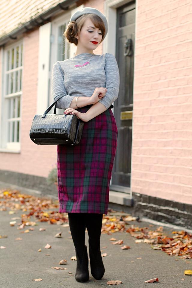 Vivien of Holloway check wiggle skirt