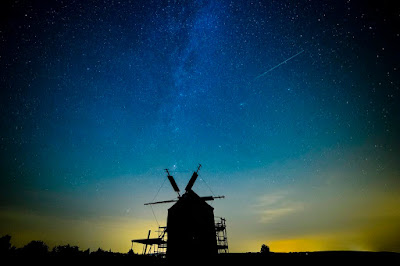 augusztusi csillaghullás, hullócsillag, meteorit, Perseida-maximum, perseidák, üstökös, meteorraj