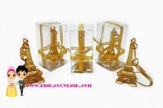 Souvenir Gantungan Kunci Menara Eiffel Mika murah di Jatinegara