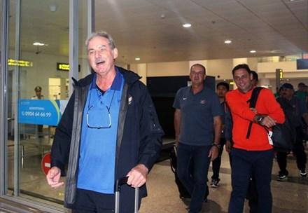 HLV Alfred Riedl hạnh phúc khi trở lại 'quê hương thứ hai'
