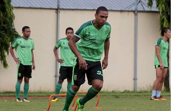 Persebaya Surabaya Jajal Striker asal Sao Paulo