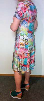 Creates Sew Slow: Georgio's Busy City Dress
