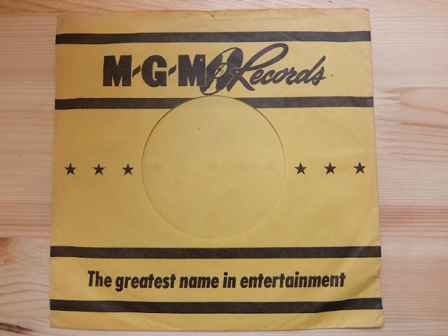 MGM RECORDS の7インチレコードジャケットです。