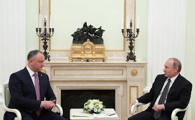 Vladimir Putin meeting with Igor Dodon in the Kremlin.