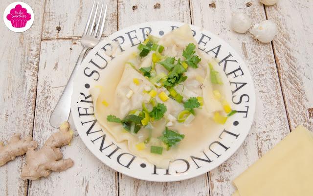 Ravioles de crevettes, bouillon aromatique (aphrodisiaque)