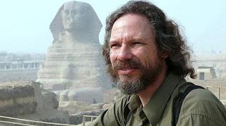 Δρ. Robert M. Schoch