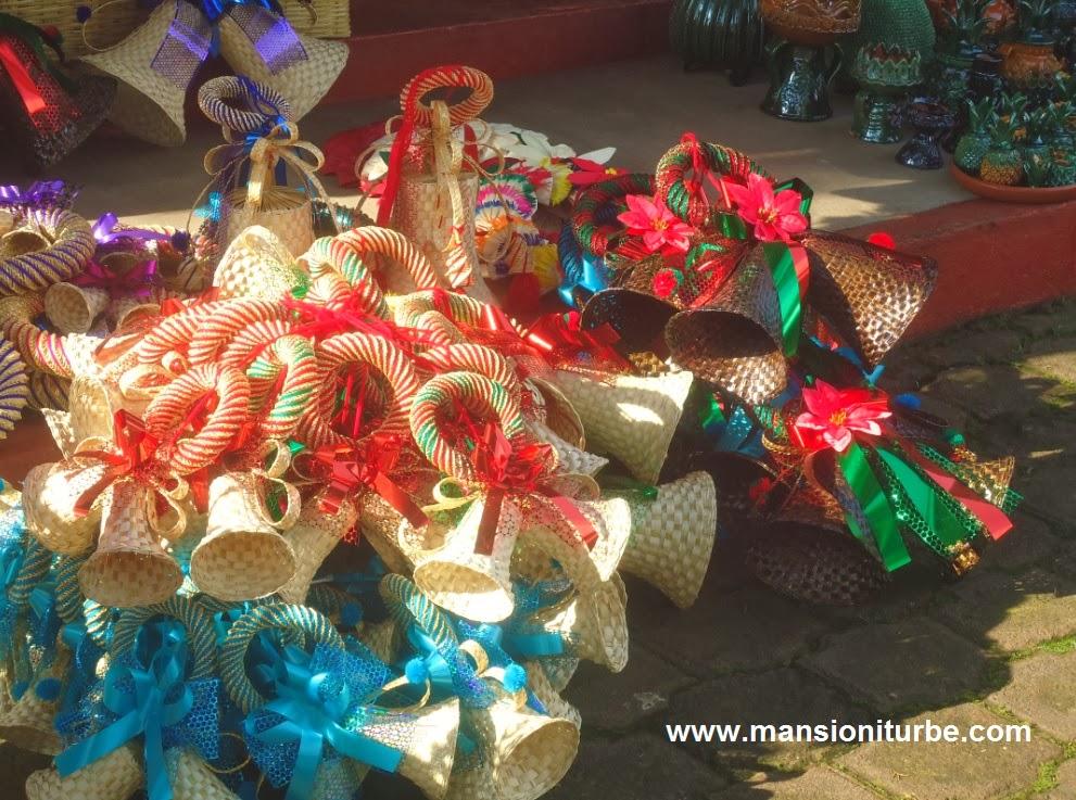 Decoración Navideña Mexicana Con El Toque De Las Artesanías Michoacanas