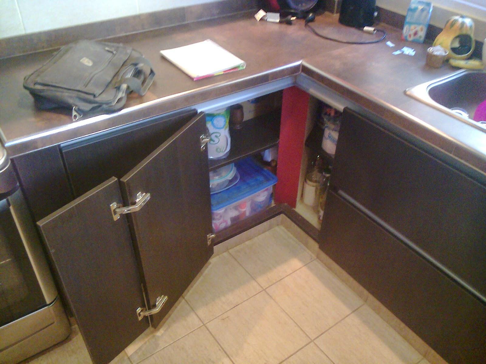 Benjamin mueble de cocina en melamina con canto pvc for Muebles de cocina en melamina