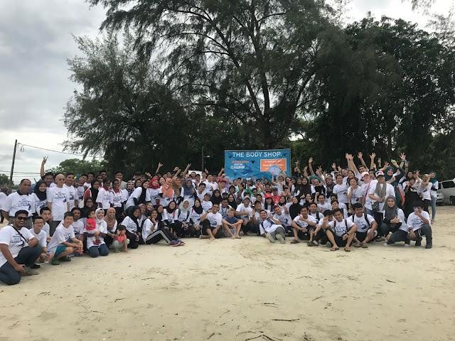Volunteer Beach Cleanup, Pantai Morib Baharu.