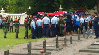 Sementara di Madiun Jawa Timur Jenazah Letkol Penerbang Marda Sarjono di makamkan di Taman Makam Pahlawan kota Madiun