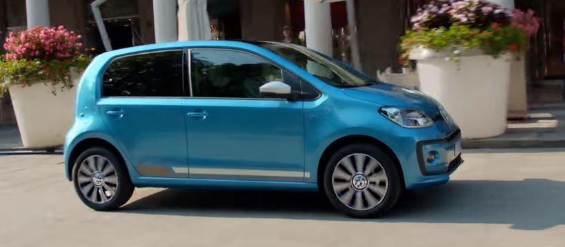 Modella Pubblicità Volkswagen Nuova Up 5 Minuti per truccarmi e Foto - Ottobre 2016