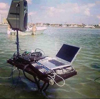 Organisation d'une fête à la plage : le DJ