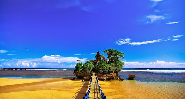 Gambar Pantai Balekambang