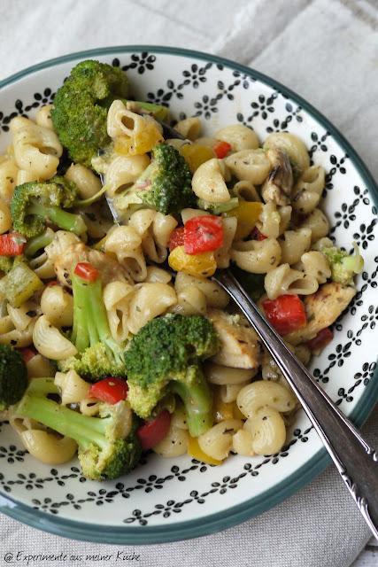 Experimente aus meiner Küche: Gemüse-Hähnchen-Pasta