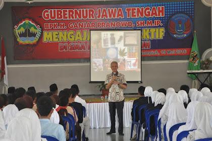 Siswa SMAN Sumpiuh belajar penanggulangan terorisme dan kenakalan remaja bersama Gubernur Jateng