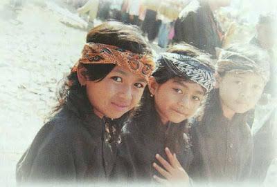 anak-anak-sunda-di-perkampungan-adat-kasepuhan-cisungsang