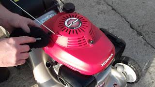 Honda HRX217HXA Review - Best Manual Lawn Aerator
