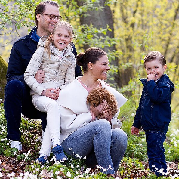 Crown Princess Victoria wore a wool and cashmere blend draped collar jacket by Toteme. Princess Estelle and Prince Oscar