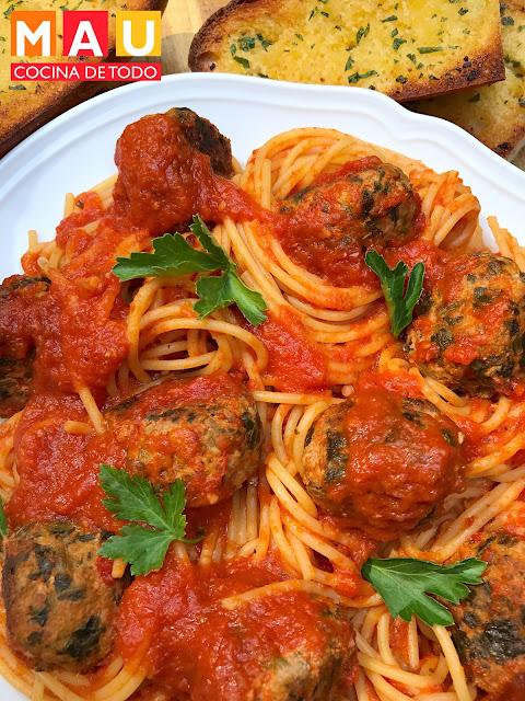 albondigas italianas con espinacas receta facil salsa marinara