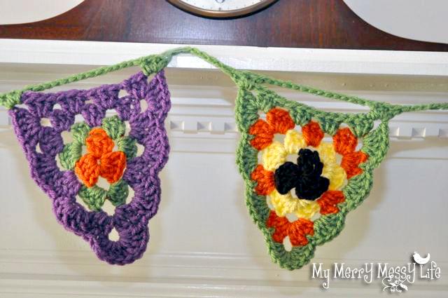 Crochet Scalloped Granny Stitch Triangle Pattern to make a Fall Bunting