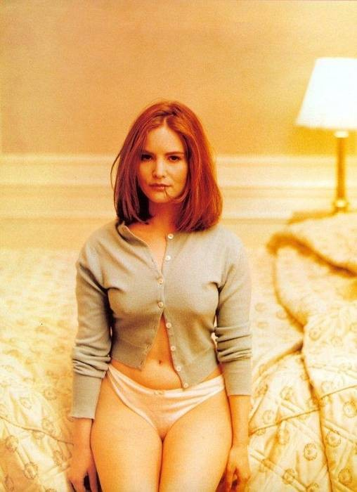 Nude pictures of jennifer jason leigh