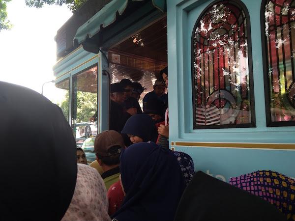 Cara Keliling Bandung Dengan Bandros