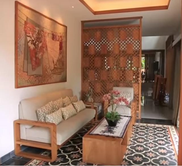 Desain Rumah Kayu Mewah