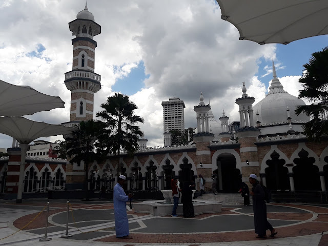 Masjid besar di Kualalumpur