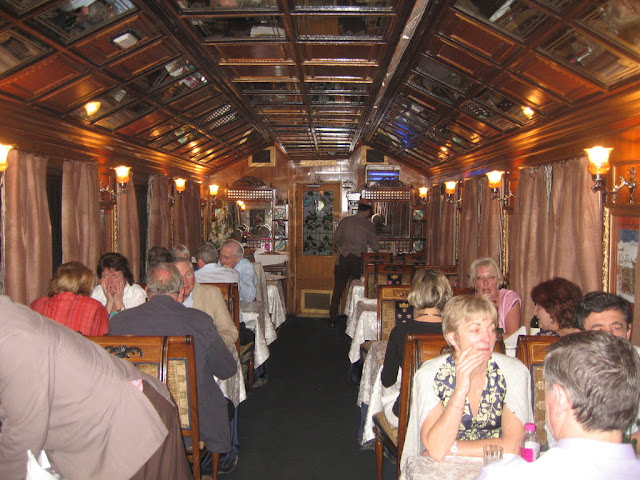 Palace on wheels Image