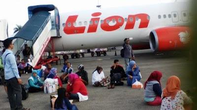 penumpang lion terlantar/foto google