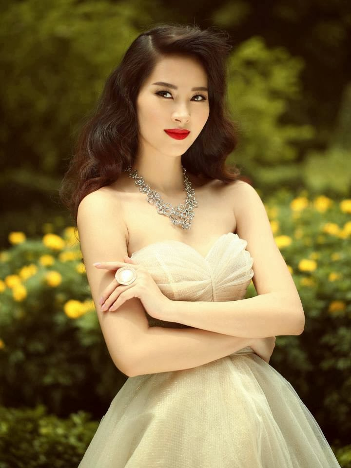 Reaganite Independent Miss Vietnam 2013 Is Dang Thu Thao