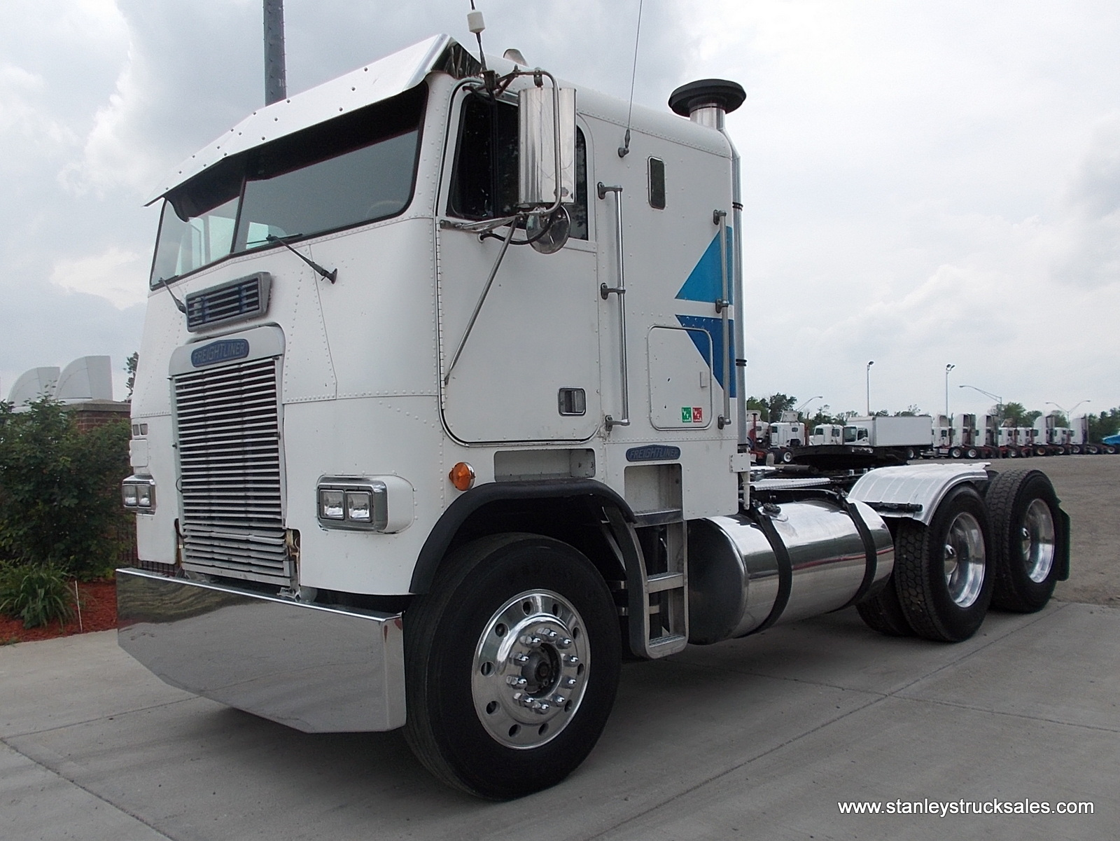 sale used engine for semi sleeper trucks with youtube walkaround truck cabin volvo watch and exterior