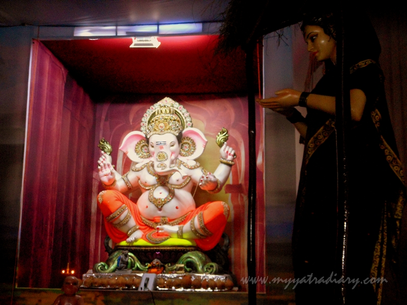 Lord Ganesha in a thematic pandal, Ganesh Chaturthi Pandal Hopping - Mumbai