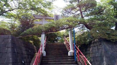 多摩中沢の秋葉神社 稲荷社 御嶽神社