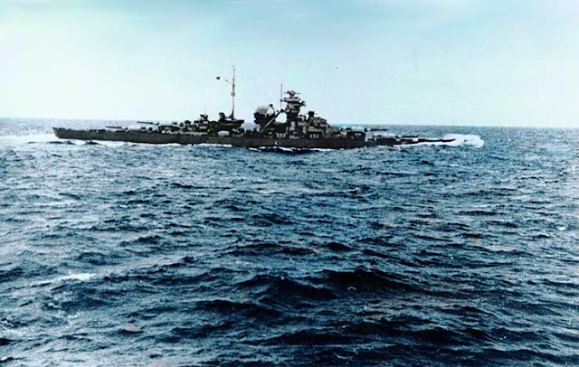Battleship Bismarck color photos of World War II worldwartwo.filminspector.com