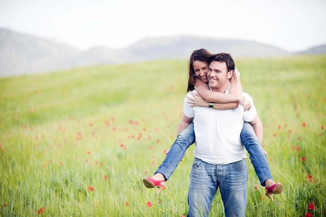 Menurut Para Ahli, 3 Kebiasaan Harian Ini Menandakan Pasangan Paling Bahagia, Apakah Anda Termasuk??